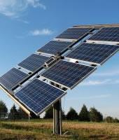 Energie solara cu panouri fotovoltaice